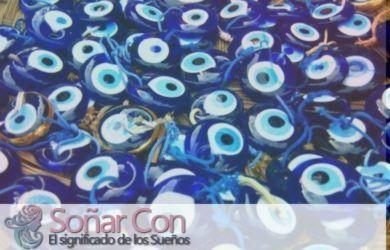 Significado de soñar con amuleto (contra el mal de ojo)